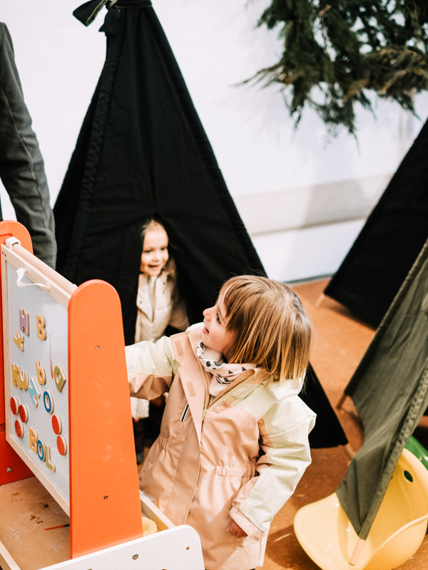 Chiristmas Market llívia jugos infantiles