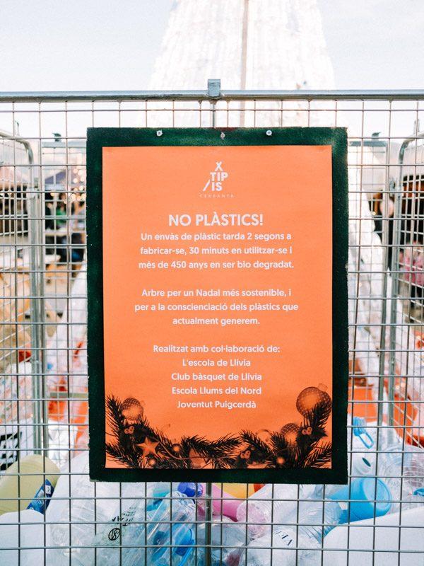 Cartel proyecto solidario no plástics